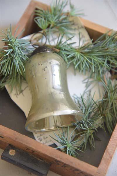 Jeanne d Arc Living Christmas Ornament Set