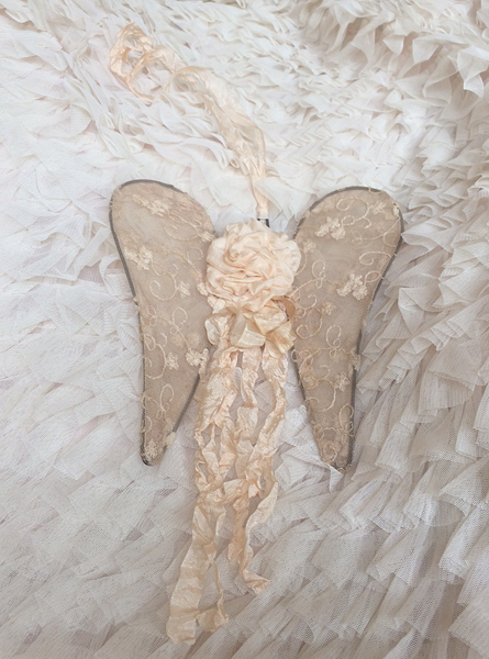 Cream Silk Ribbon Rose Wings