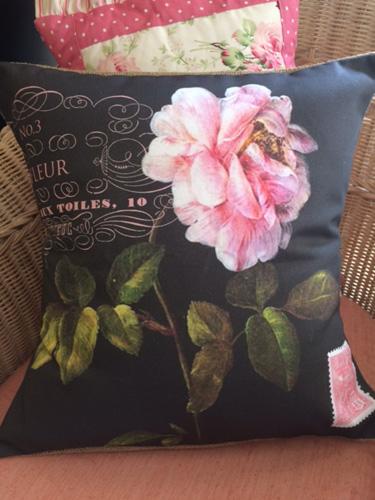 Espresso Le Fleur Pillow Slip