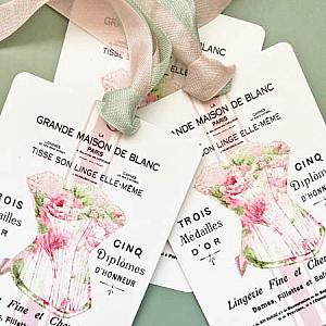 French Corset And Roses Gift Tag Set