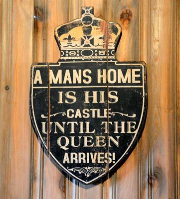 Castle Sign