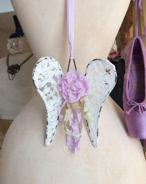 Petite Lace Wings