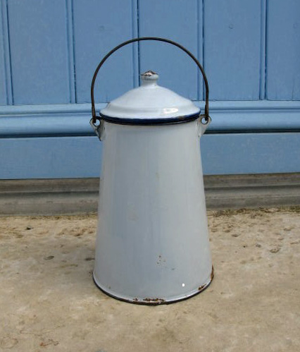 1920�s French Enamel Milk Pail