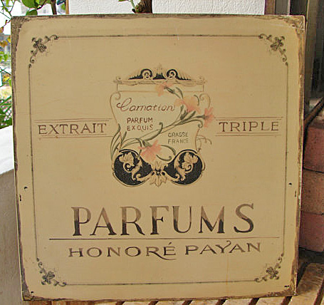 Shabby Paris Chic Parfums Tin
