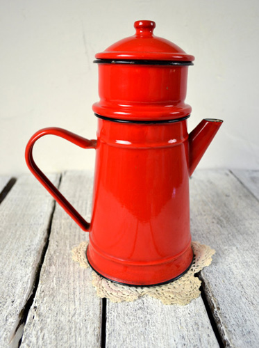 Vintage French Red Enamelware Biggin