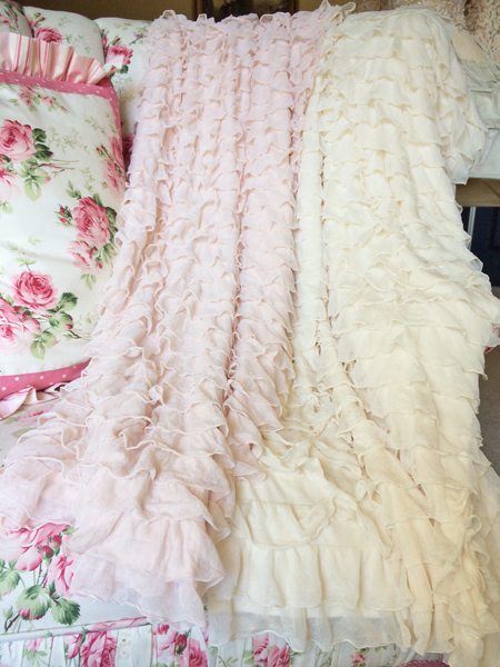 Romantic Ruffled Throw Cream