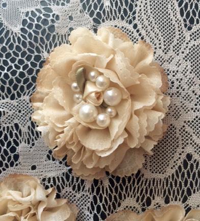 Shabby Creamy Rosette Flowers