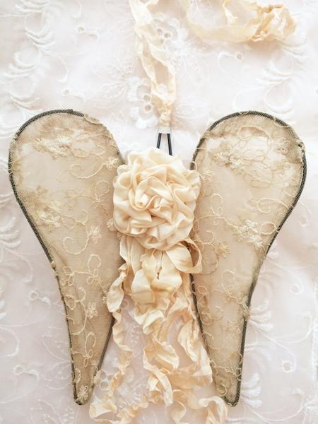 Cream Silk Ribbon Rose Wings