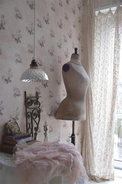 Vintage Rose Wallpaper II