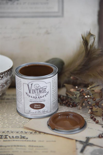 Vintage Paint Warm Brown