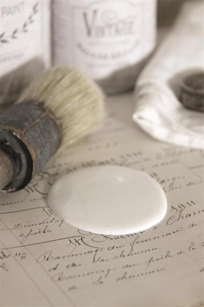Vintage Paint Warm Cream
