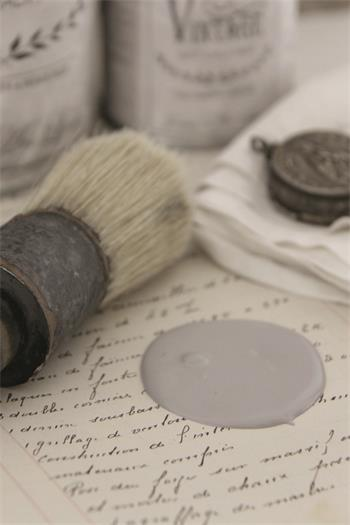 Vintage Paint Warm Grey