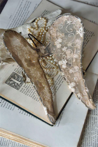 Vintage Patina Angel Wings