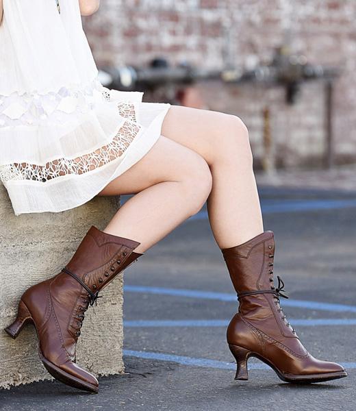 Victorian Style Boots Jasmine In Cognac